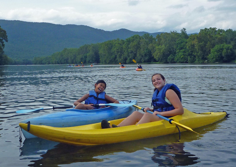 kayak friends